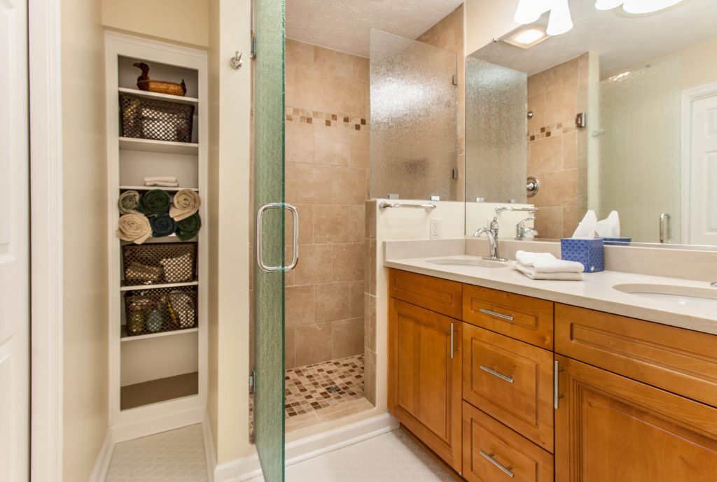 Choosing The Best Lighting For Your Bathroom 2